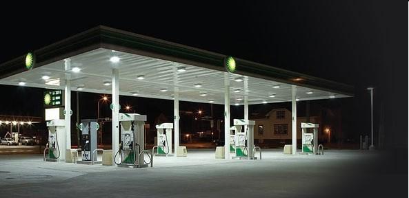 led verlichting voor luifels van tankstations en winkels led lampen partner